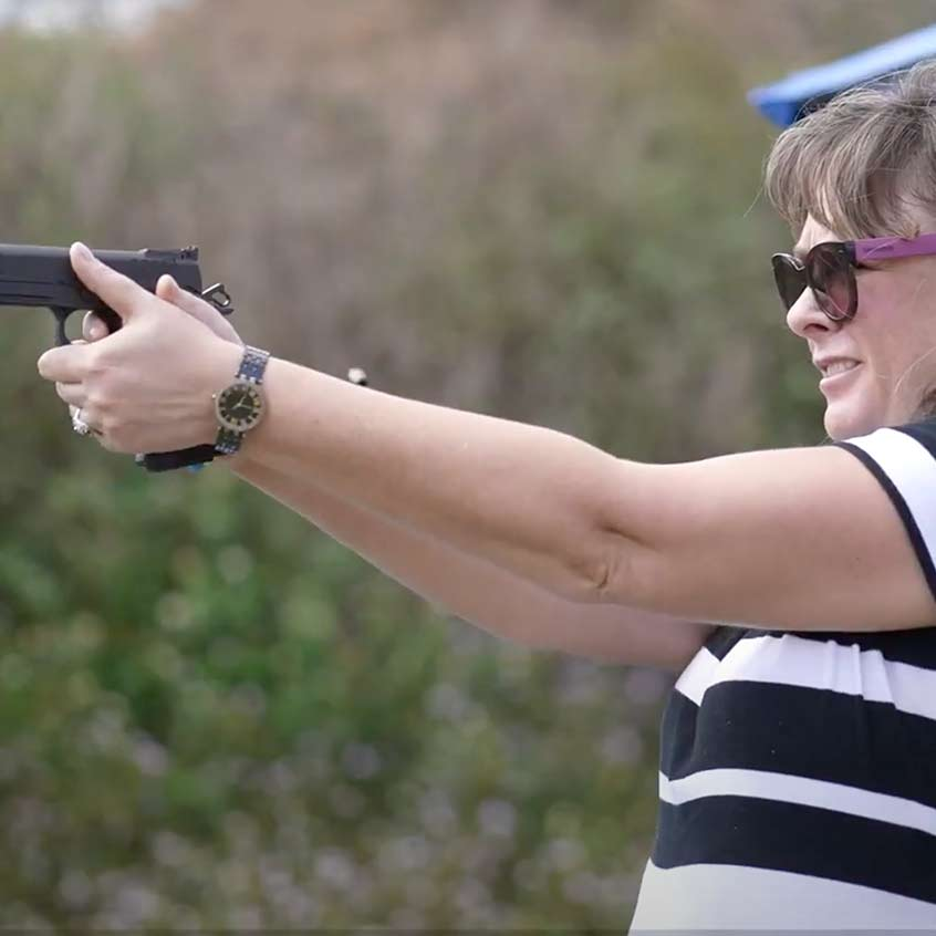 @Staccato2011 aiming a Staccato Handgun