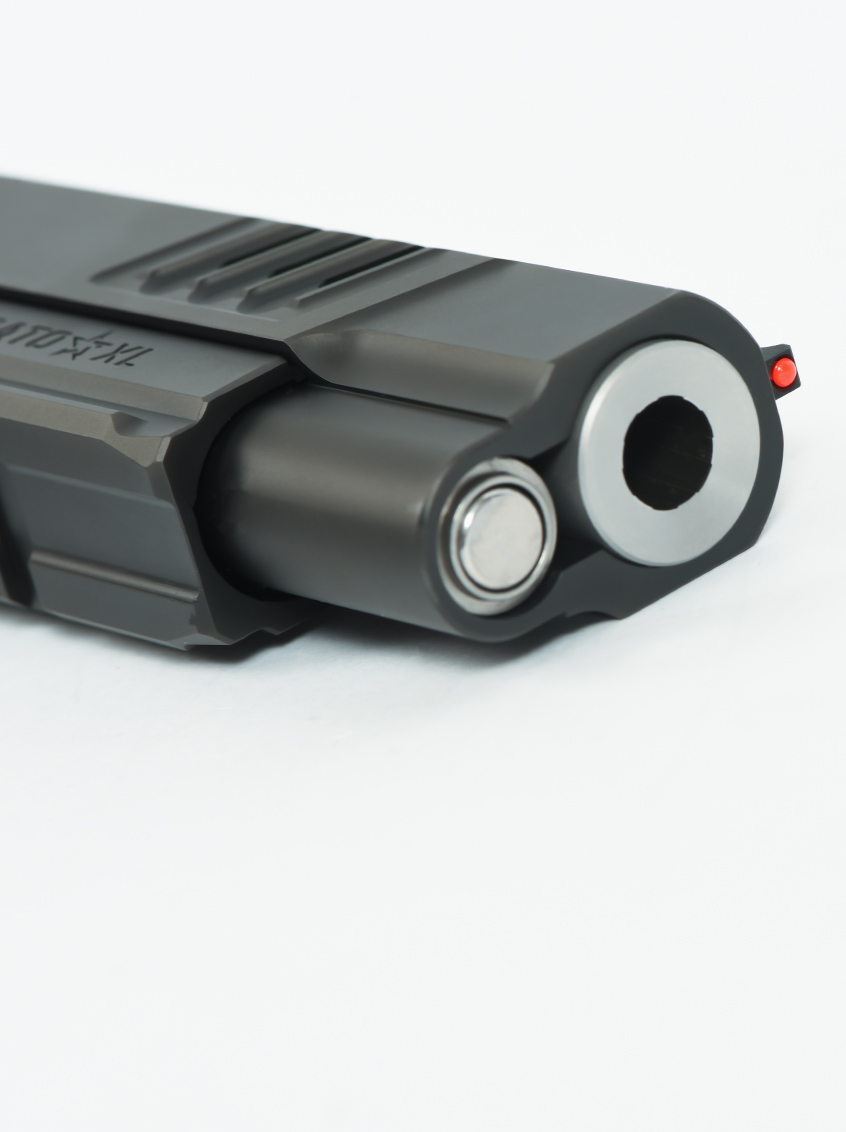 Staccato XL handgun muzzle